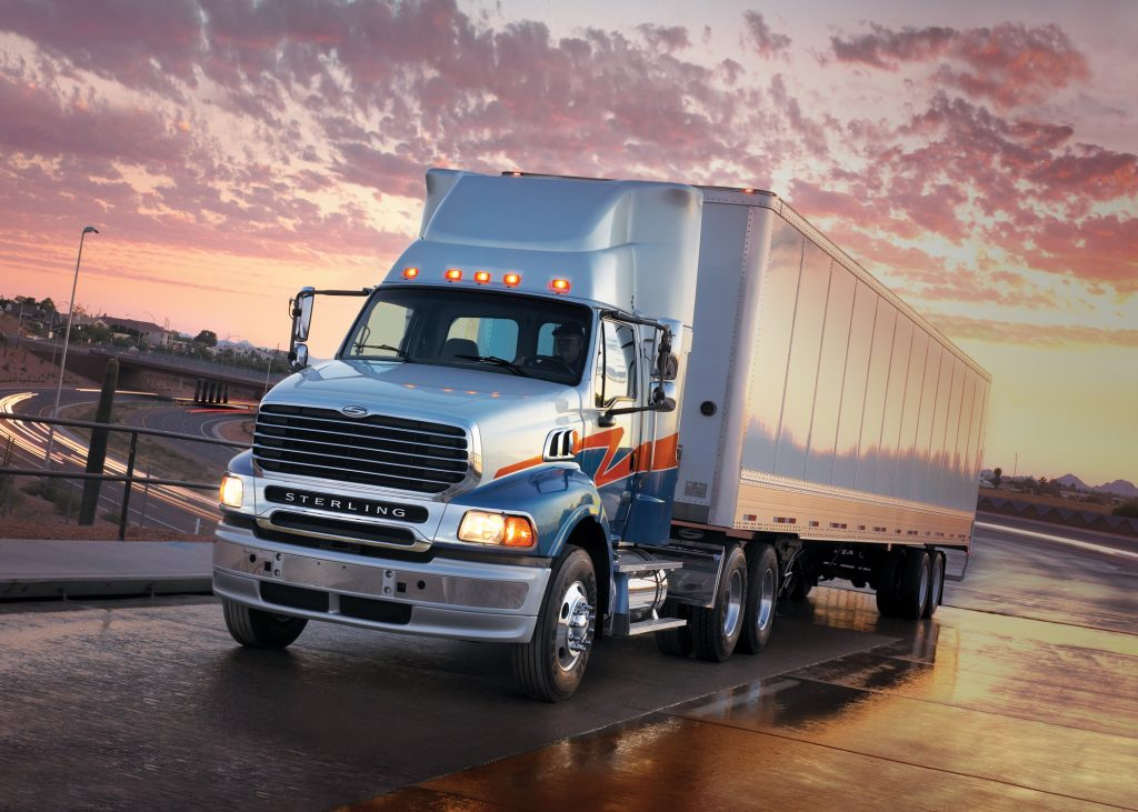Fast and reliable trucking service from Hue to Savannakhet