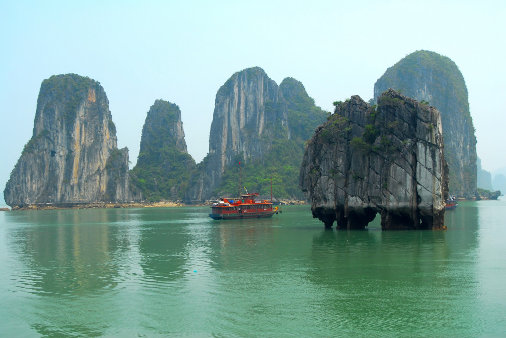 Fastest Express delivery from Ho Chi Minh to Quang Ninh