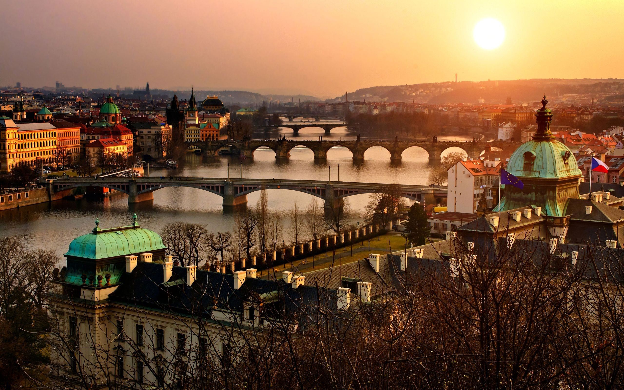Prague, Czech Republic, Cost-efficient express delivery service from Taiwan to Czech Republic