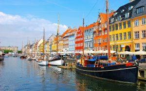 Dịch vụ chuyển phát nhanh chứng từ, bưu phẩm từ Hà Nội đi Đan Mạch