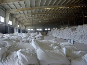 Thủ tục nhập khẩu cao lanh đất sét