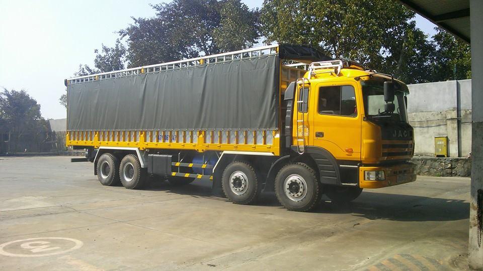 Dịch vụ vận chuyển xe tải giá ổn định từ Đắk Lắk sang Campuchia Kampong Thom (Campong Thom)